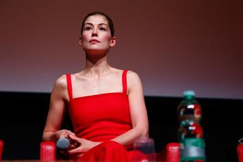 "Bond Girl Rosamund Pike Was Asked To Strip For ""James Bond"" Audition"