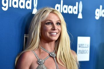 Britney Spears Flaunts Perfectly Sculpted Abs In Workout Video