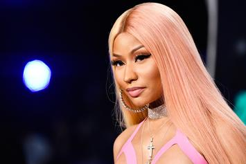 Nicki Minaj Hits Queens To Hand Out Hundreds Of Turkeys
