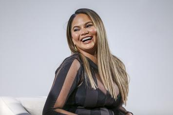 Instagram Gallery: Chrissy Teigen's Funniest Posts