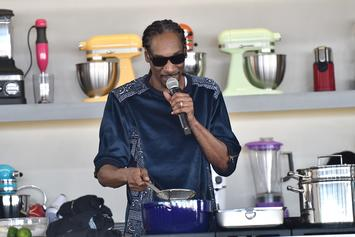 "Snoop Dogg Releases New Cookbook For Holidays ""From Crook To Cook"""