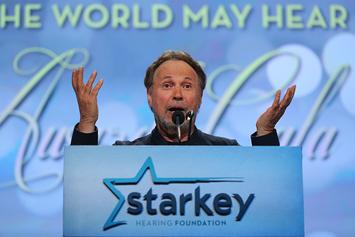 Billy Crystal To Call Clippers vs Lakers Game In January