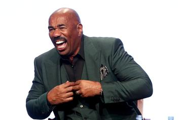 "Steve Harvey To Women On Dating Apps: Keep A ""Burner Phone"""