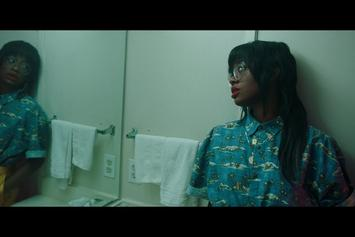 """Kari Faux Shares Visuals For """"Leave Me Alone"""""""