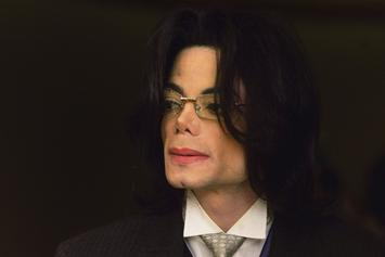 "Michael Jackson Fans Attack Oprah On Twitter Over ""Leaving Neverland"" Interview"