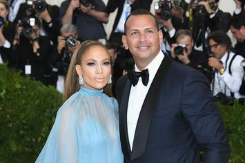 "Jennifer Lopez Flaunts Her ""Beach Bum"" On Romantic Vacation With Alex Rodriguez"