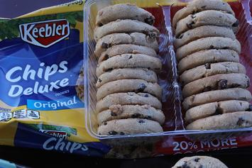 It's National Chocolate Chip Day & You Can Get Free Cookies