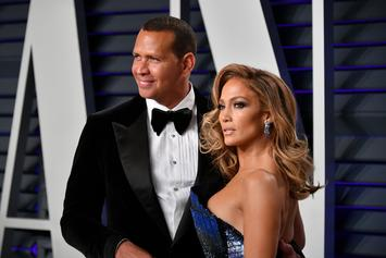 "Alex Rodriguez Comforts A Tearful Jennifer Lopez After ""Tough Show"""