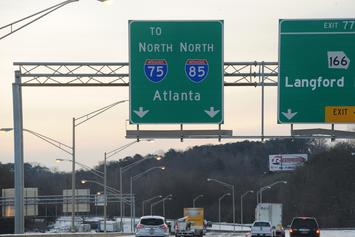 Atlanta Residents Swarm Highway After Truck Spills Cash Everywhere