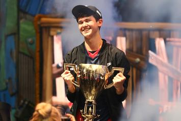 Fortnite World Champ Bugha Swatted At His Home During Livestream