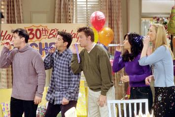 """Friends"" Was Almost Meant To Have A Seventh Character"