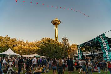 Four Fans Hospitalized After Barricade Collapse At Bumbershoot Festival