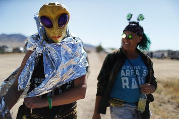 "Storm Area 51 ""Raid"" Barely Draws 100 People To ""See Them Aliens"""