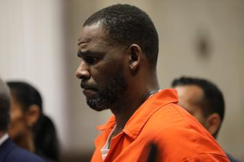 R. Kelly Really Just Missed Court Because Of His Toenails...