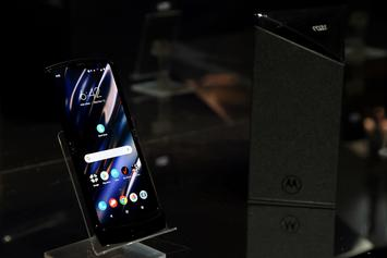 Motorola RAZR Returns With The Smartphone Treatment: First Look