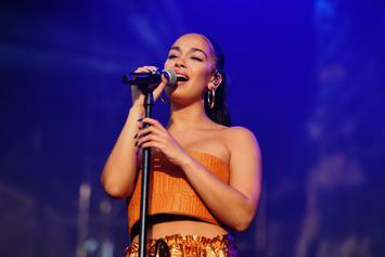 Jorja Smith Is Your Dream Girl In Jamaican Bikini Photos