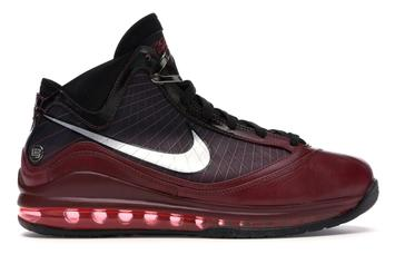 "Nike LeBron 7 ""Christmas"" Rumored Release Date Revealed: Details"