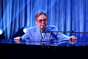 """Elton John Once Wore A Diaper And """"Pissed"""" Himself During Las Vegas Gig"""