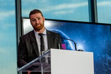 WWE's Sami Zayn Gets In Fans Face For Yelling Homophobic Slur: Watch
