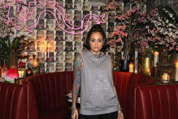 Kehlani Breast-Feeds Newborn Baby In Photo From Home Birth