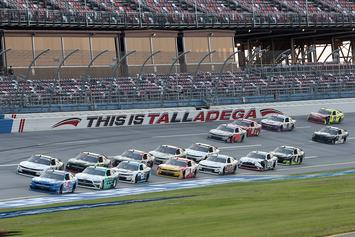 NASCAR Fans Fly Confederate Flags Outside Race In Protest Of New Ban