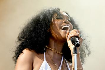 "SZA Puts Rap Skills To The Test In Hilarious Attempt At A ""Jersey Freestyle"""
