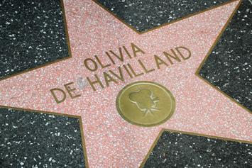 """Olivia De Havilland, Last Surviving Star Of """"Gone With the Wind,"""" Dies At 104"""