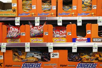 Berkeley Becomes 1st U.S. City To Ban Sale Of Junk Food In Checkout Aisles
