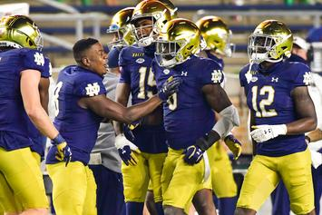 Notre Dame Upsets Clemson As Fans Storm The Field