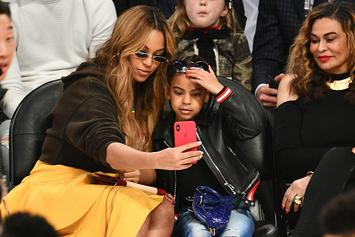 """Beyonce Gifts Family """"F*ck 2020"""" Diamond Necklaces"""