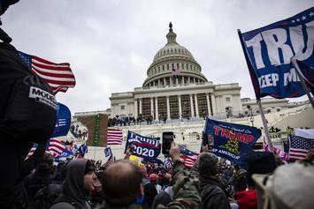 """""""No Fly Lists"""" Trends As Capitol Rioters Are Booted From Airlines In Viral Videos"""