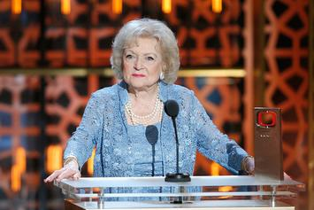 """Betty White Cracks Joke Ahead of 99th Birthday: """"I Can Stay Up Late"""""""