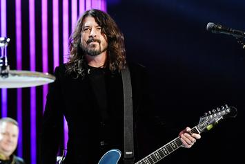 "Dave Grohl Recalls Being Beaten By Police At A ""Rock Against Reagan"" Concert"