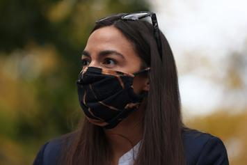"AOC Targeted In ""Smollet"" Trend After Capitol Hill Riot Story Is Questioned"