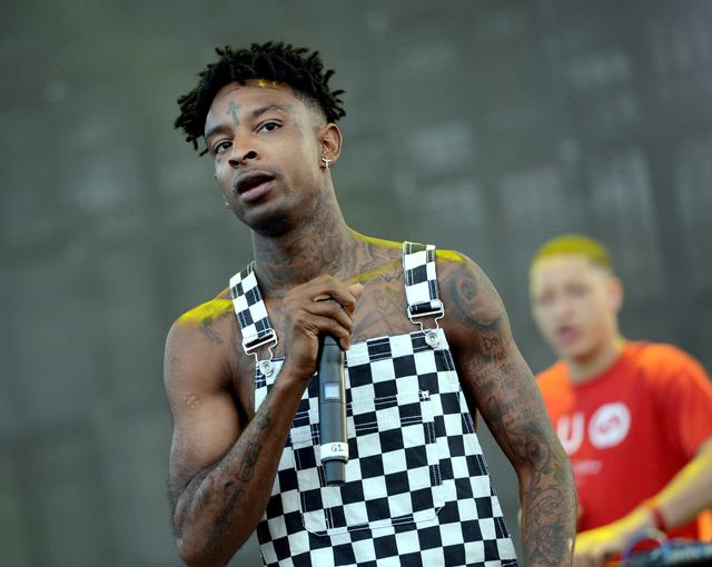 21 Savage in overalls