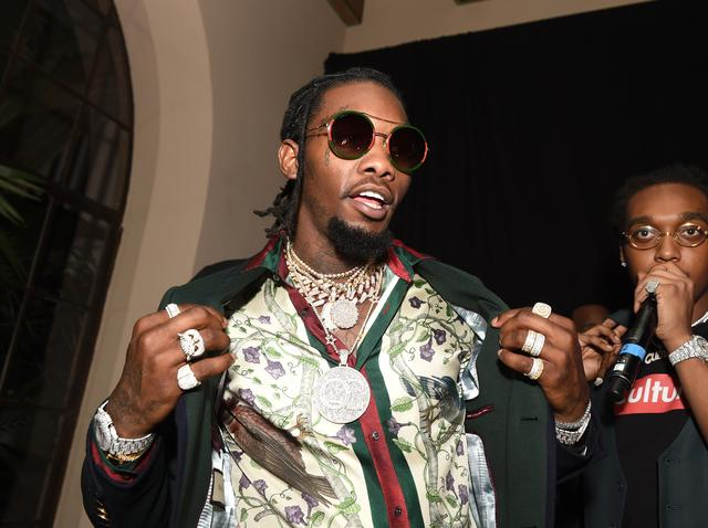 Offset shows off his chains