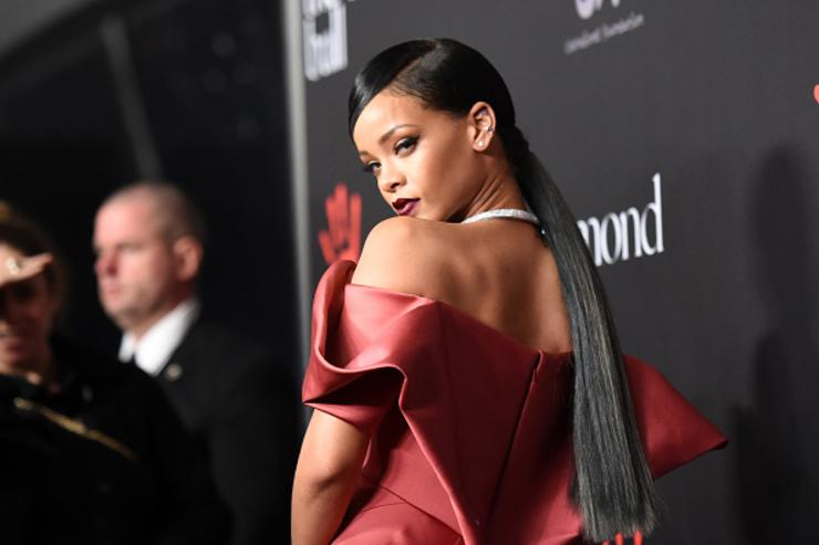 Rihanna Announces Fenty x PUMA AW17 Collection Release Date