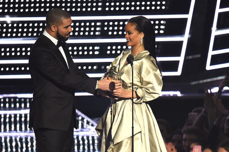Drake once wanted 'perfect family' with Rihanna