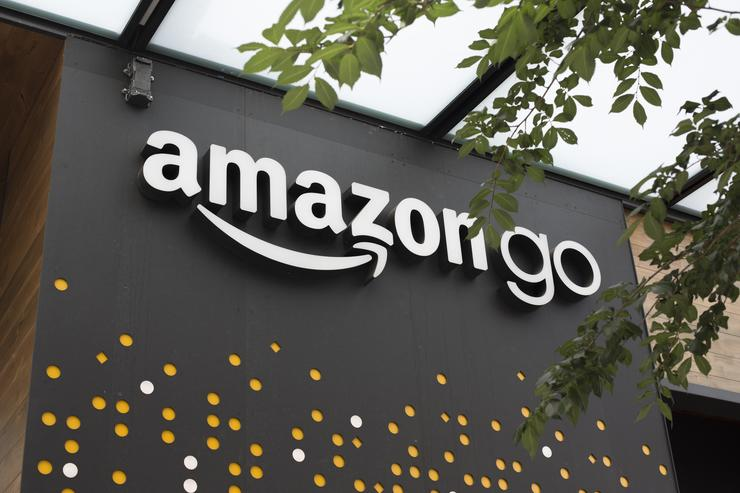 Amazon Go opens New York City store that accepts cash