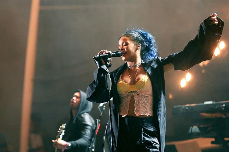 Rihanna performs onstage during CBS RADIO's third annual We Can Survive, presented by Chrysler, at the Hollywood Bowl on October 24, 2015 in Hollywood, California.
