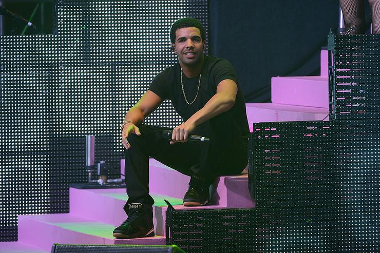 Drake performs at Pepsi Presents Nicki Minaj's Pink Friday Tour at Roseland on August 14, 2012 in New York City.