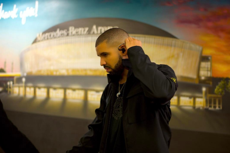 Drake poses for a photo