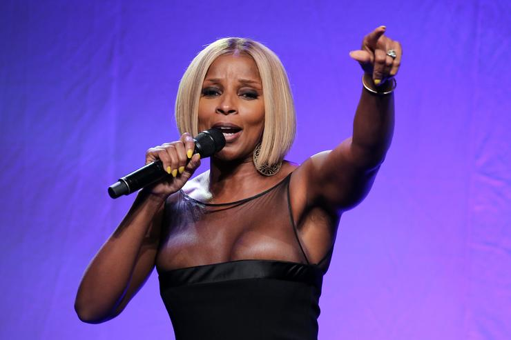 Mary J Blige performs at 2015 amfAR Inspiration Gala New York