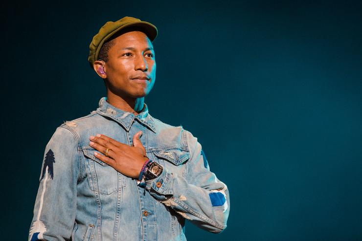 Pharrell Williams performs during 2015 Lollapalooza Brazil at Autodromo de Interlagos on March 29, 2015 in Sao Paulo, Brazil.