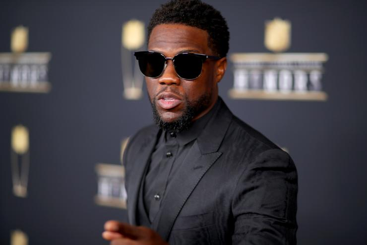 Kevin Hart attends the NFL Honors at University of Minnesota on February 3, 2018 in Minneapolis, Minnesota