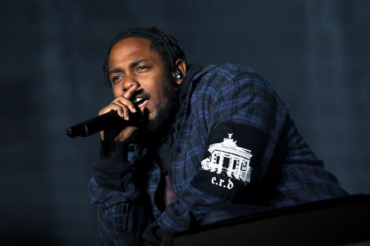 Kendrick Lamar performs on the Samsung Stage during day two at Austin City Limits Music Festival 2016 at Zilker Park on October 1, 2016 in Austin, Texas
