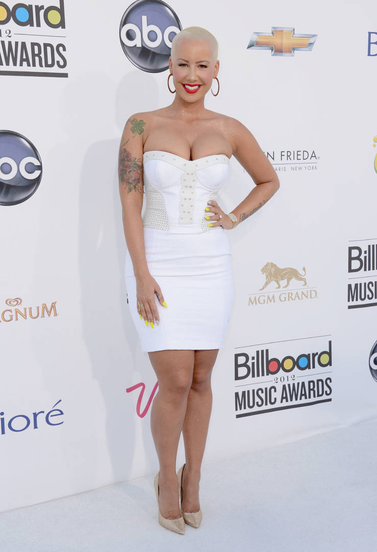 Amber Rose Goes Fully Nude On Instagram & Nearly Breaks The Internet