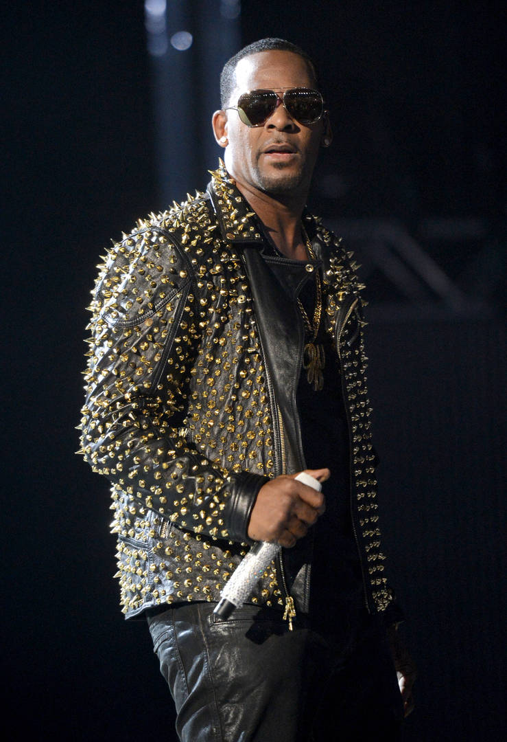 """Surviving R. Kelly"" Accusers Detail Extent Of His Abuse: Sex Tapes & Instructions"