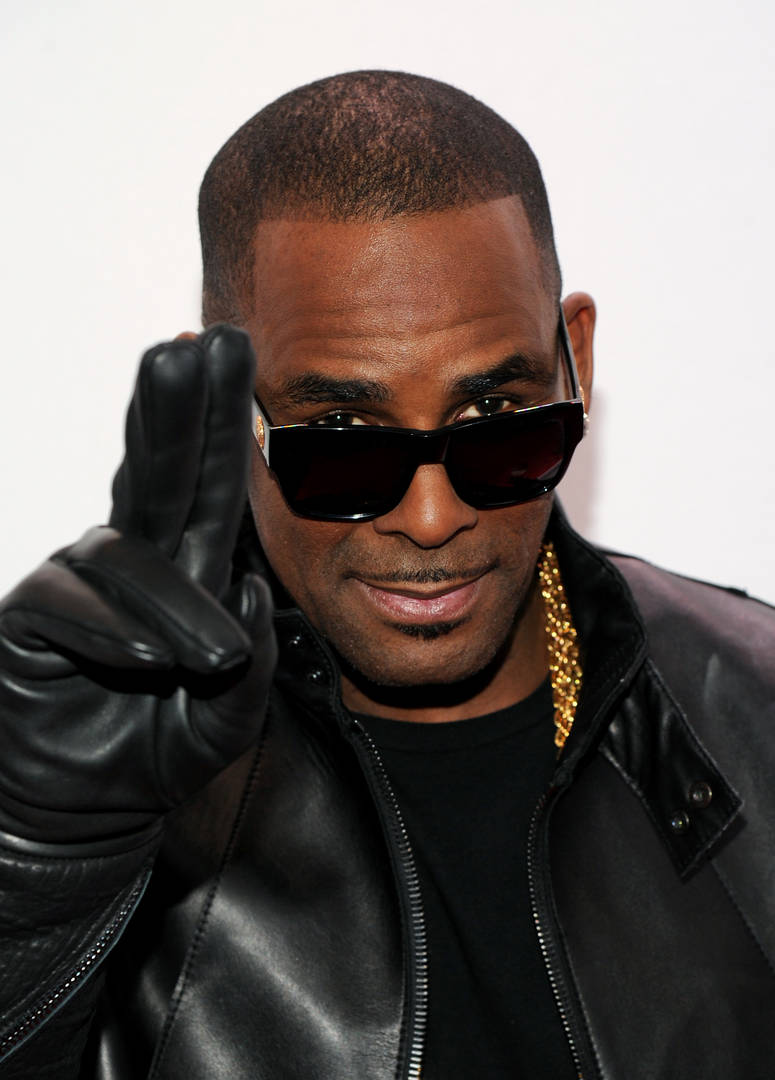 R. Kelly Faces Eviction From Chicago Studio & Alleged Sex Den Lair: Report