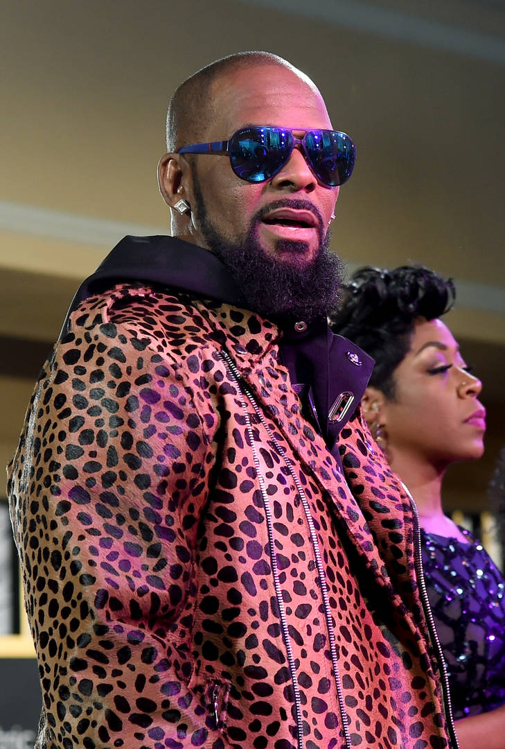 R. Kelly's Alleged Sex Slave's Family Want Proof Of Consensual Relationship